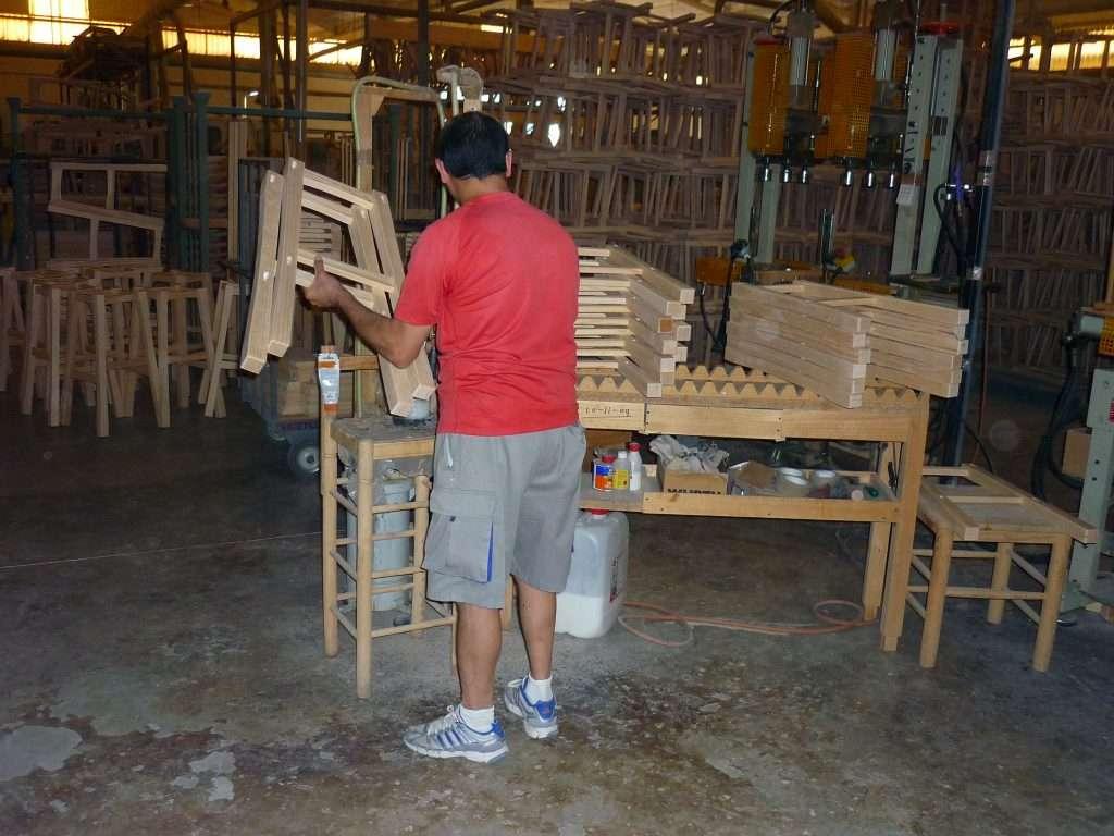 fabrica de sillas para restaurante